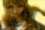 【ニューハーフ動画】金髪ギャル系ニューハーフがM字開脚でバイブや電マでペニクリとアナルを刺激しまくる(無修正)